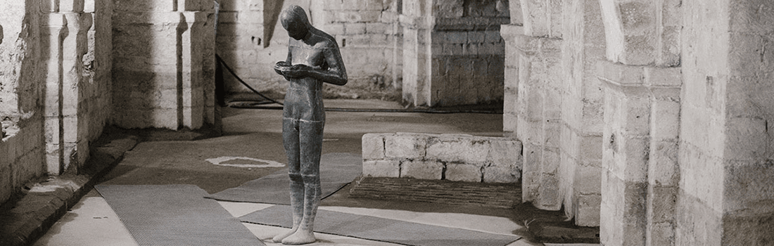 [Texto] Con voz apenas audible por Paulo Neo